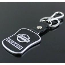 Přívěsek na klíče s karabinou Nissan - SKLADEM